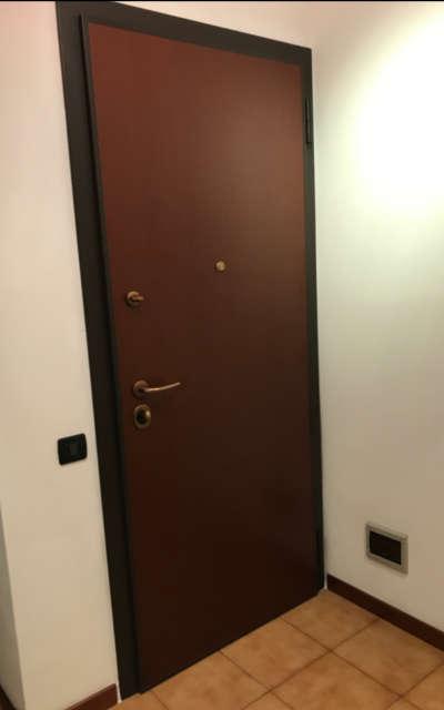 Porta blindata con rivestimento interno ed esterno noce TANGANIKA