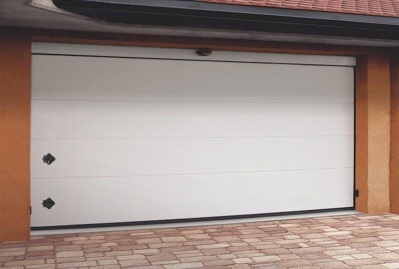 portoni sezionali per garage automatizzato BREDA modello Orus